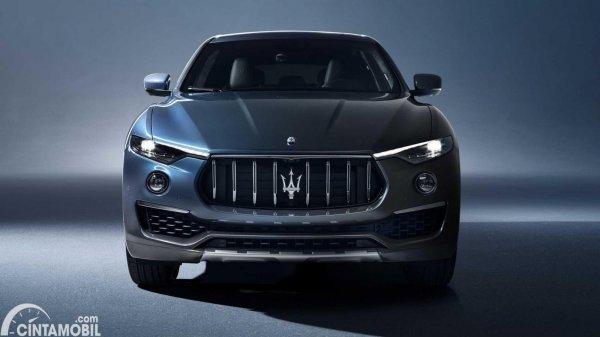 Tampilan depan Levante Hybrid 2021