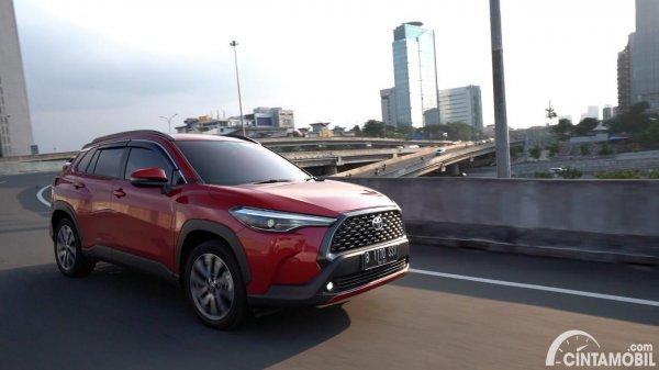 Foto Toyota Corolla Cross Gasoline