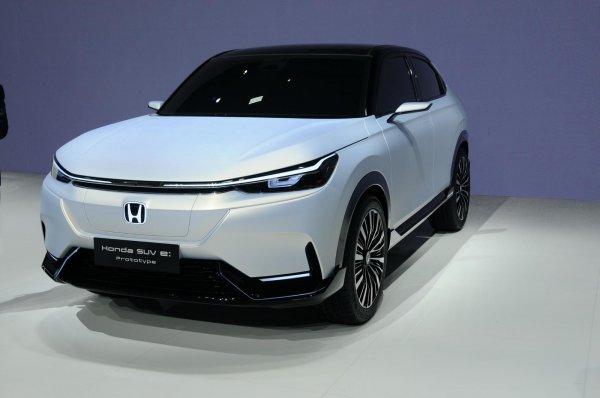 Foto Honda SUV e; Prototype, tampak halus menggoda