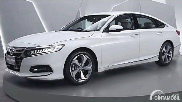 Honda Accord putih