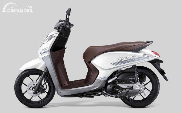 Tampak samping Honda Genio putih