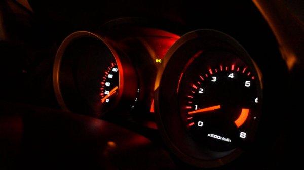 memperhatikan rpm saat berkendara itu penting