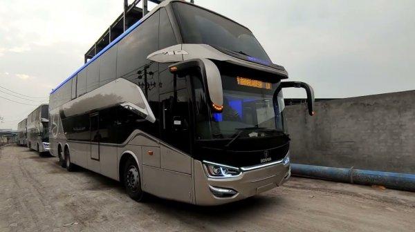 Foto pengiriman Bus Laksana Lecacy double decker ke Bangladesh