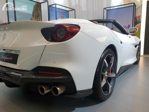 Foto Buritan Ferrari Portofino M 2021