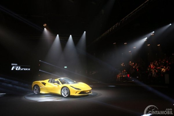 Gambar Ferrari F8 Spider
