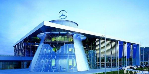 Gambar Markas Mercedes-Benz
