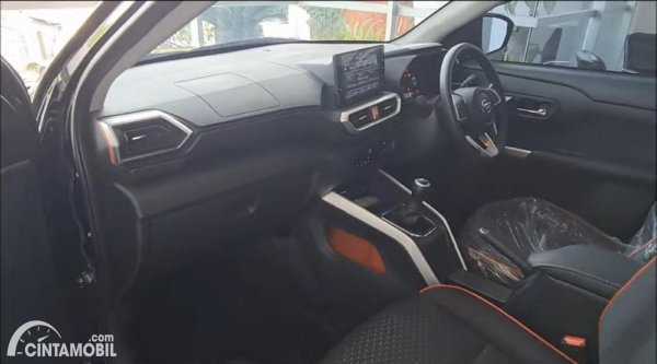 Foto interior Daihatsu Rocky Turbo