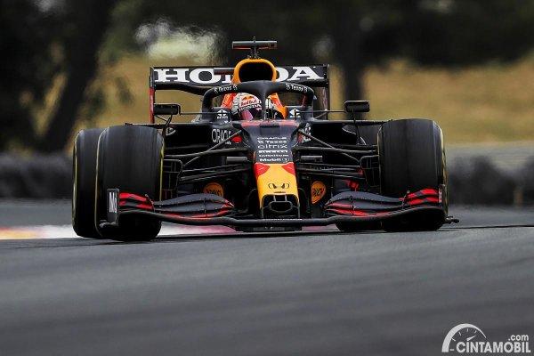 Gambar Red Bull Racing Max Verstappen