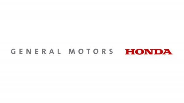 Gambar menunjukan Aliansi Honda dan GM