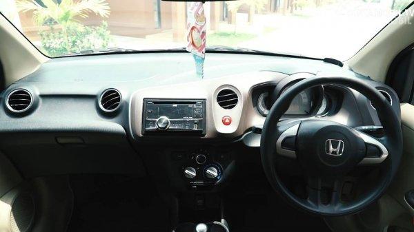 interior Honda Brio keluaran tahun 2012