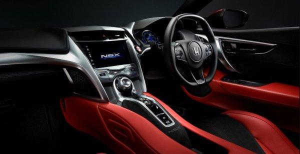 Foto menunjukkan Interior Honda NSX
