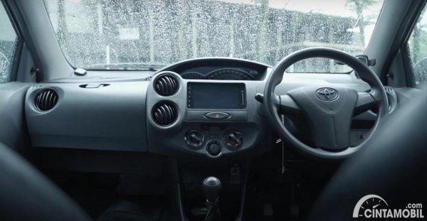 Dashboard Toyota Etios