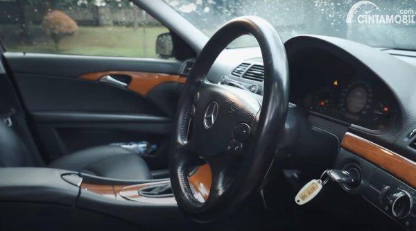 Setir Mercedes-Benz E200 Kompressor