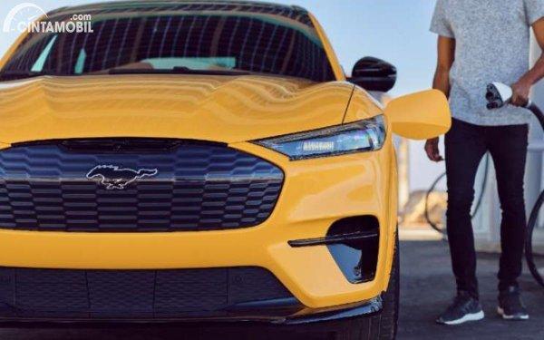 Gambar Mustang Mach-E