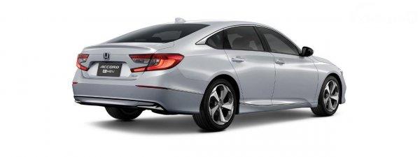 Tampilan belakang Honda Accord e:HEV 2021