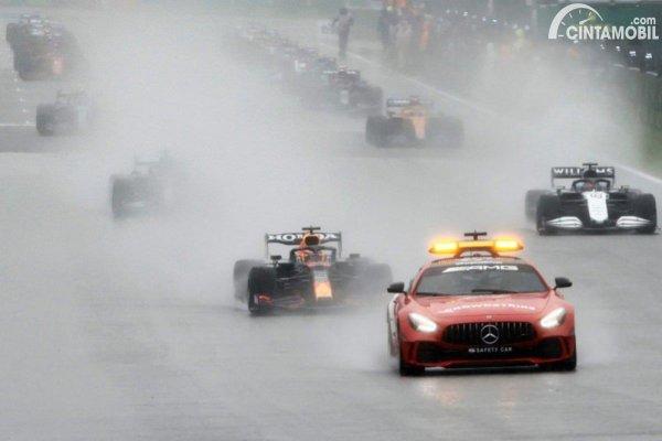 Gambar Safety Car Spa-Francorchamps