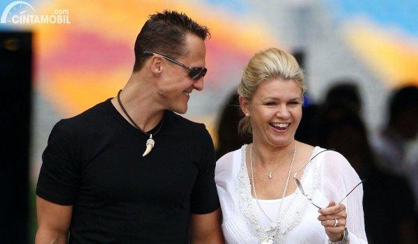 Gambar Corinna dan Michael Schumacher